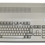Amiga_500_Plus_(white_background)