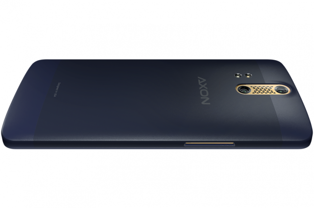 The-Axon-Phone 3