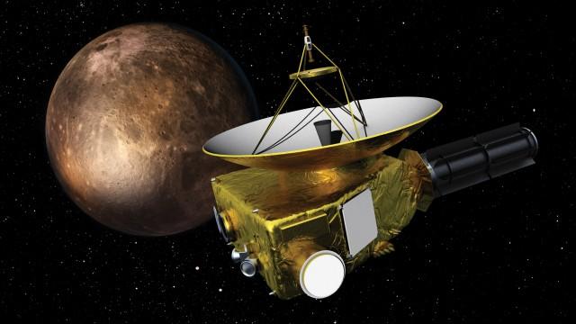NASA-New-Horizons-Brings-Pluto-Into-Focus-Sends-Photo-to-Earth