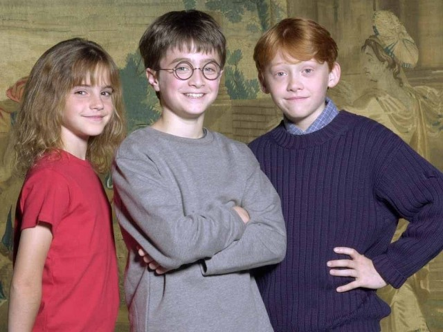 harry-ron-hermione-young-age-harry-potter-7384969-1024-768-the-potter-kids-are-now-gorgeous-successful-and-only-24-man-i-feel-old-jpeg-88188