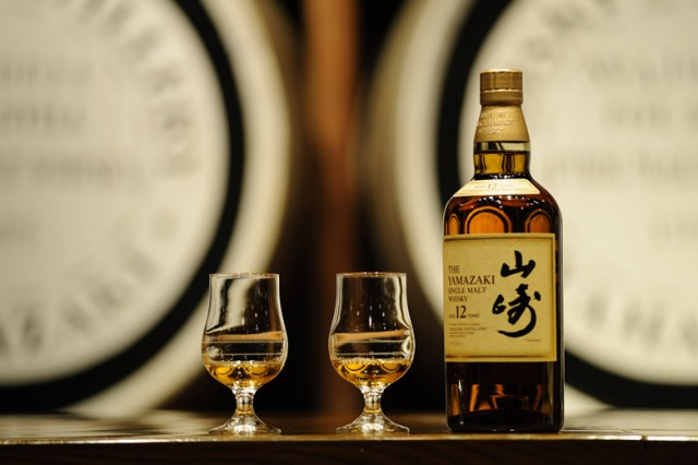 the-yamazaki-single-malt-sherry-cask-2013-named-best-whiskey-in-the-world-0