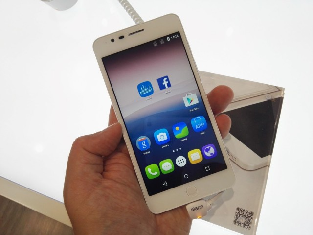 Alcatel Pop Up (3)