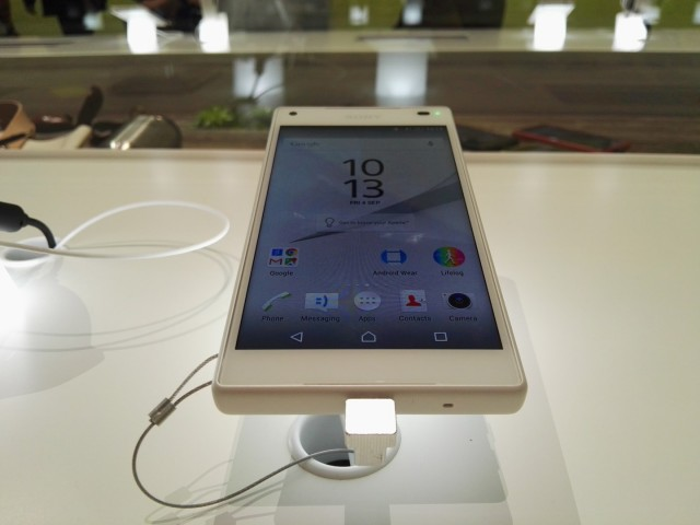 Sony Xperia Z5 Compact (5)