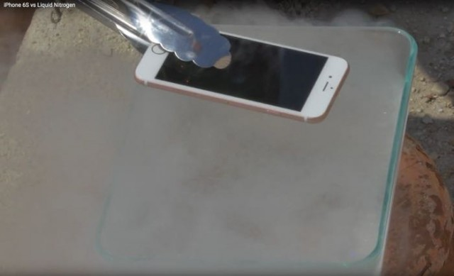 iphone-6s vs.liquid nitrogen