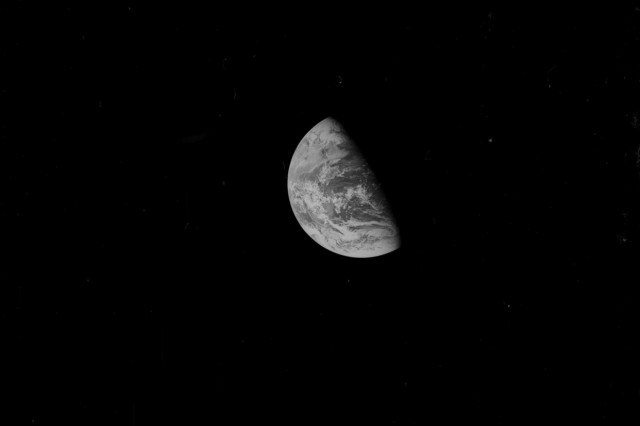 AS08-13-2379 - Apollo 8 Hasselblad image from film magazine 13E - Lunar Orbit, Trans-Earth Coast