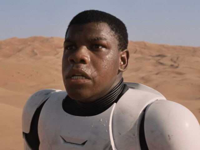 john-boyega-star-wars-episode-7-9
