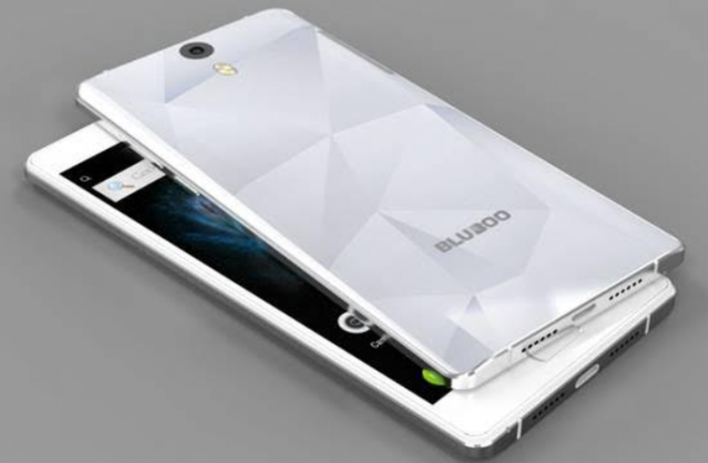 Bluboo Xtouch 01