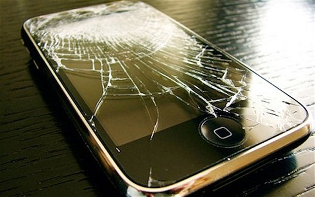 cracked-smartphone-screen