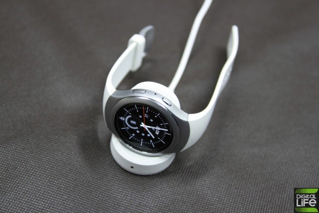 gear s2 (9) (Large)