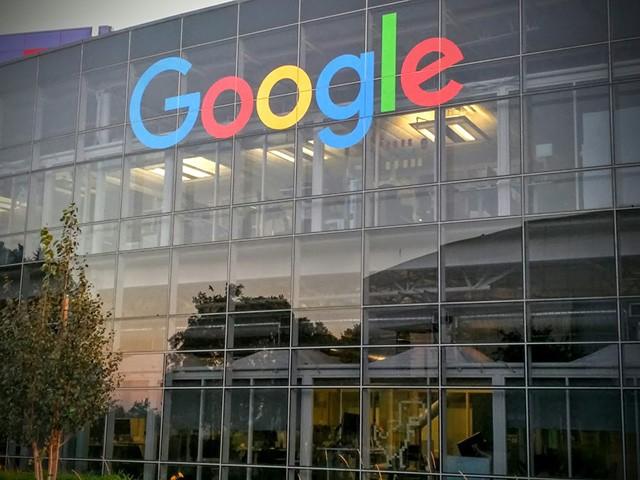 new-google-logo-building