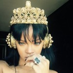 rihanna-headphones