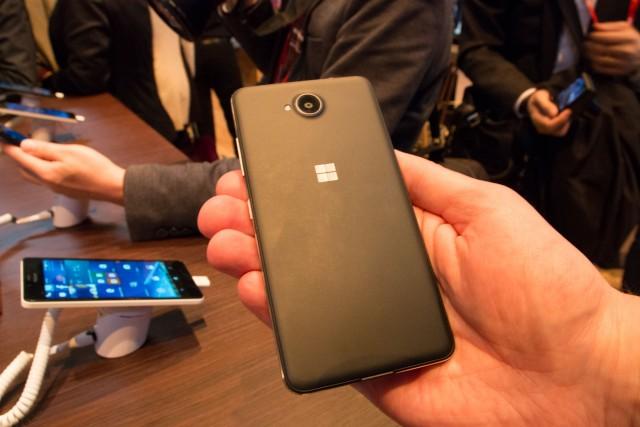 Microsoft Lumia 650 (2)