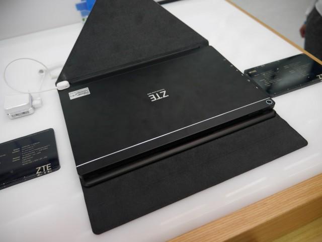 ZTE W105 (6)