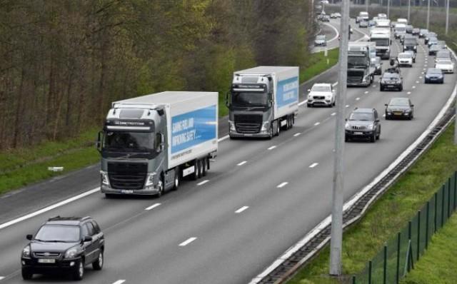trucks2-large_trans