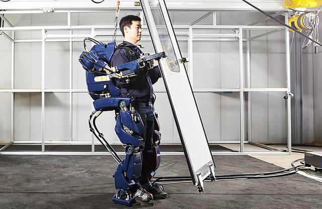 Hyundai Robotikos Exoskeletos (2)
