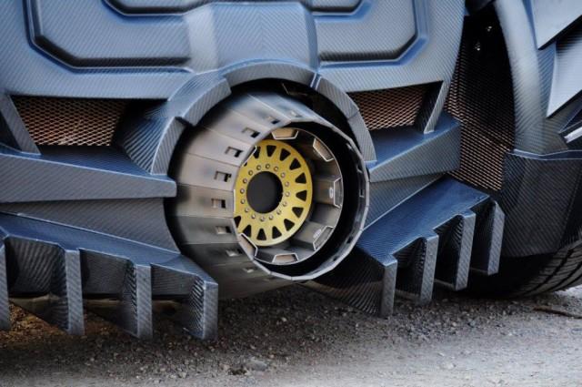 batmobile-lamborghini-hybrid-takes-over-gumball-3000-3
