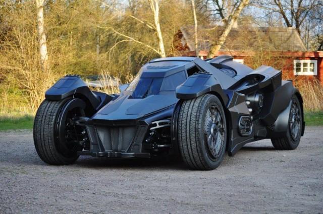 batmobile-lamborghini-hybrid-takes-over-gumball-3000-7