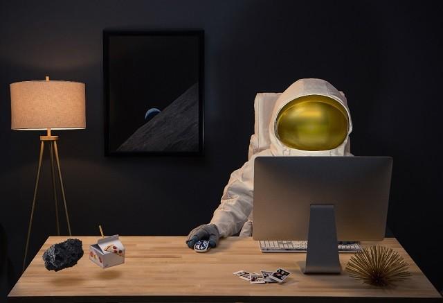 160219_Logitech_Astronaut_006[3]