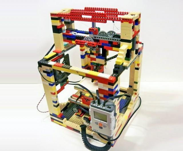 4-legobot-lego-3d-printer-1