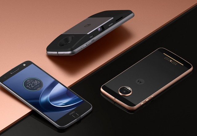 Moto-Z-and-Moto-Z-Force-Smartphones-03