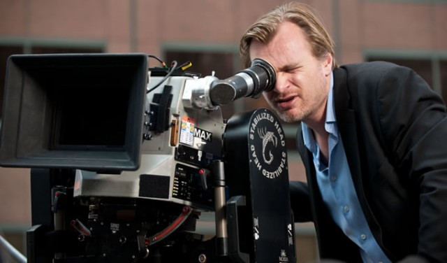 christopher-nolan-680x400-640x376