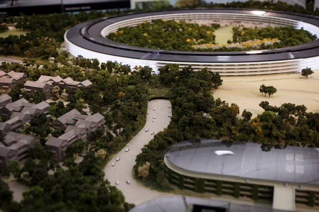 apple campus 6