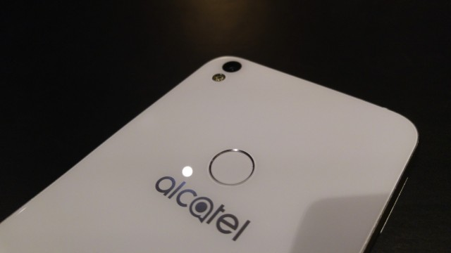 alcatel shine lite (2)