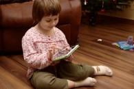 Αναθεωρημένη στάση από τους παιδιάτρους, όσον αφορά τις συστάσεις για τη χρήση οθονών από παιδιά
