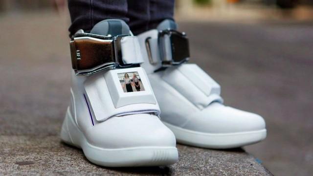 sneakers-virgin-america