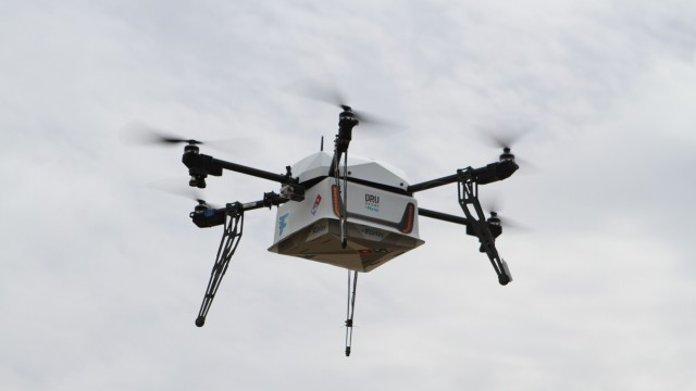 dominos-pizza-delivery-drone