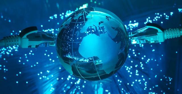 1442111660-internet