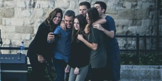 Family-Selfie-796x398