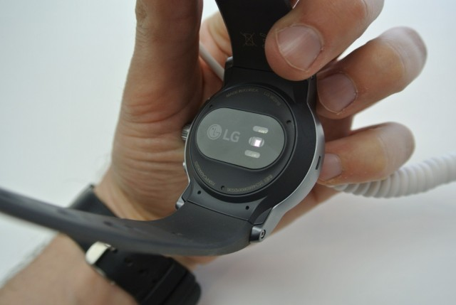 LG Watch Sport (1) (Large)