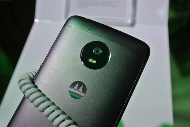 Moto G5 G5 Plus (2) (Large)