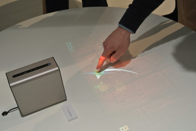 Sony Xperia Touch (4) (Large)