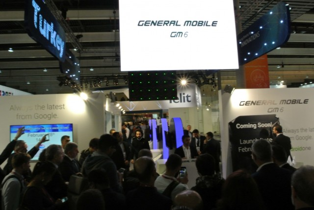 general mobile mwc 2017 (2)
