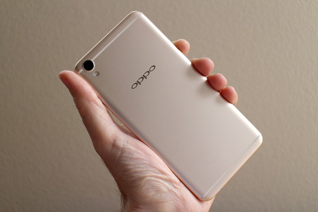 oppo-f1-plus-back-angle-full-640x0