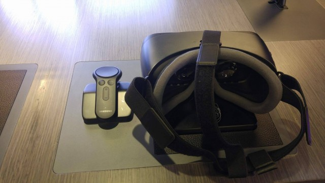 new Gear VR and controller01