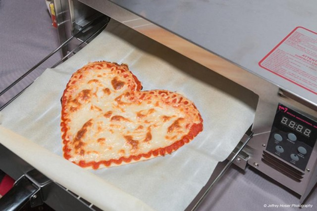 pizza-heart