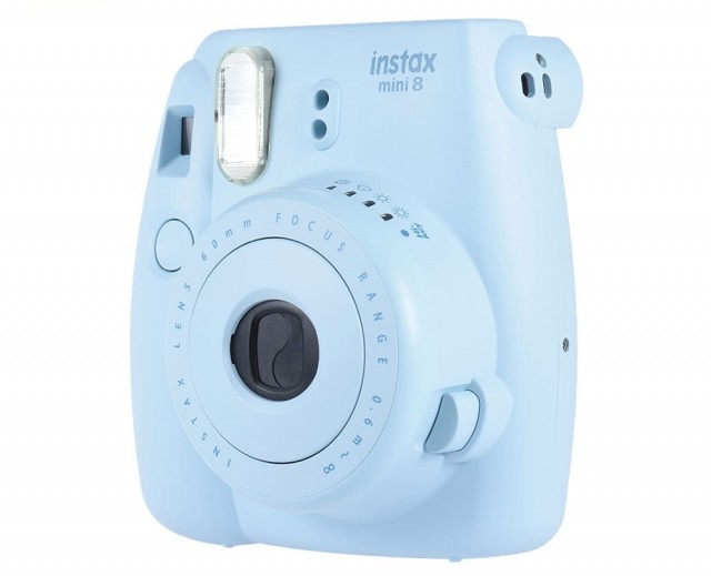 FujiFilm Instax Mini 8 Instant 01