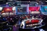 COSMOTETV-Neo-Kanali-GINX-Esports-ELEAGUE-CSGO-1