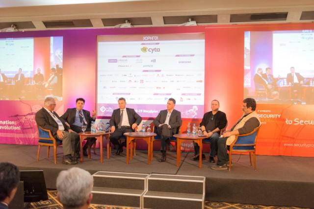 Leader's Summit Investing in Opportunities! - Round Table - Μιχάλης Αχιλλέως, Αναπληρωτής Ανώτατος Εκτελεστικός Διευθυντής CYTA, Νικόλας Σιακόλας, Διευθύνων Σύμβουλος Cablenet, Ερμής Στεφάνου, Διευθύνων Σύμβουλος PrimeTel, Δρ. Ιωάννης Μερτζάνης, Διευθύνων Σύμβουλος Space Hellas, Δημήτρης Δάφνης, Πρόεδρος & Διευθύνων Σύμβουλος CBS IT Systems Cyprus LTD