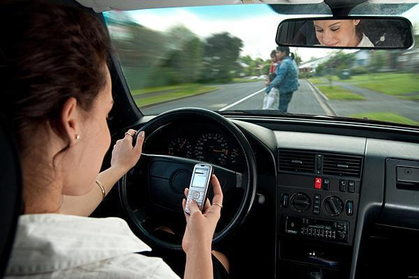texting-driving (1)
