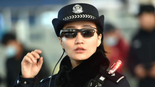 chinese-police-smart-glasses