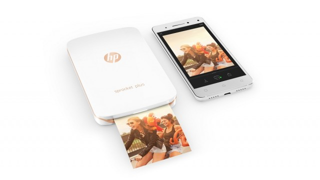 08_HP_Bahama_Printer_with_Phone_White_Hero