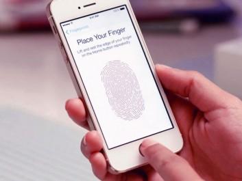 iphone_5s_touch_id_fingerprint_video_hero_4x3-610x458