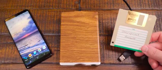 floppy-disk-games-smartphones