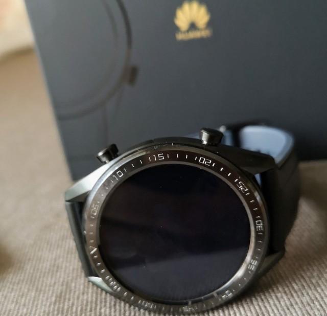 Το εντυπωσιακό Huawei Watch GT δίνεται ως ΔΩΡΟ με τις προπαραγγελίες του Mate 20 Pro, αν το αποκτήσετε έως τις 31 Οκτωβρίου.