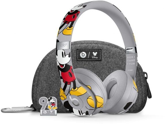 Apple-Beats-3-Mickey-Mouse