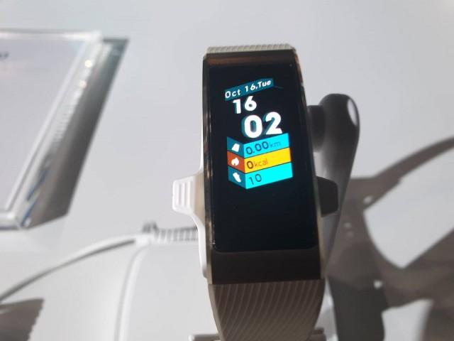 Huawei Band 3 Pro 03